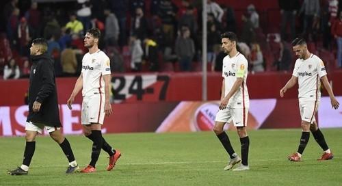 Севилья разгромила Реал Сосьедад, Валенсия обыграла Жирону