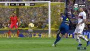 Аргентинского футболиста едва не побили соперники за «рабону»