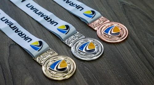 УХЛ представила медали для призеров чемпионата Украины