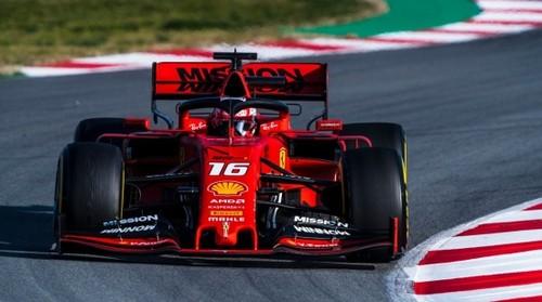 Феррари подготовила юбилейную раскраску болида под Гран-при Австралии