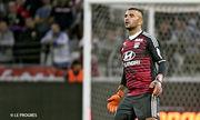 Видео. Вратарь Лиона получил сотрясение мозга в матче с Барселоной
