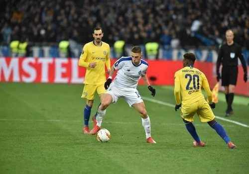 Динамо выбыло из Лиги Европы, крупно уступив Челси и во втором матче