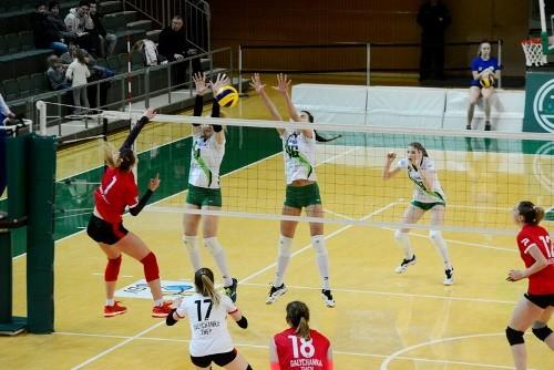Волейболистки Винницы и Луцка обменялись победами