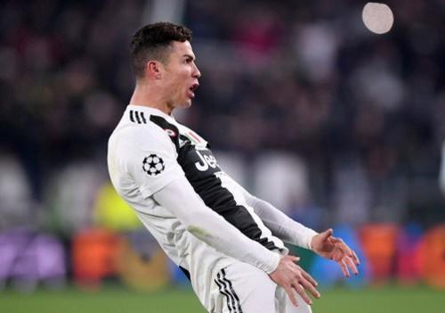 УЕФА открыл дело в отношении Роналду