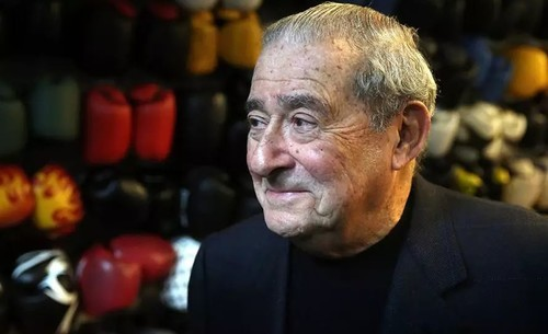Боб Арум против боя Пакьяо и Спенса