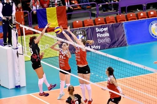 Первый финальный матч женского Кубка ЕКВ выиграл Бусто Арцисио