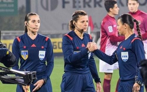 Монзуль обслужит 1/4 финала женской Лиги чемпионов