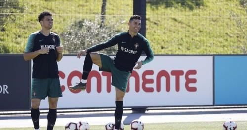 КАНСЕЛУ: «Здорово, что Роналду вернулся в сборную Португалии»