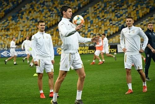 Португалия – Украина. Стартовые составы команд