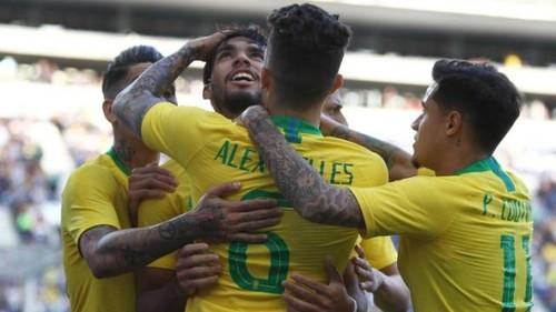 Бразилия сыграла вничью с Панамой