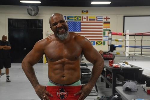 47-летний Шеннон Бриггс вернется на ринг 15 июня