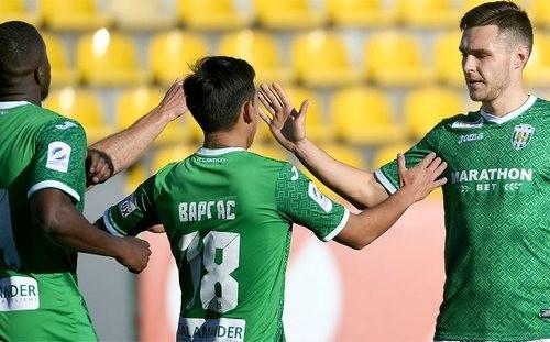 Карпаты разгромили тернопольскую Ниву в товарищеском матче