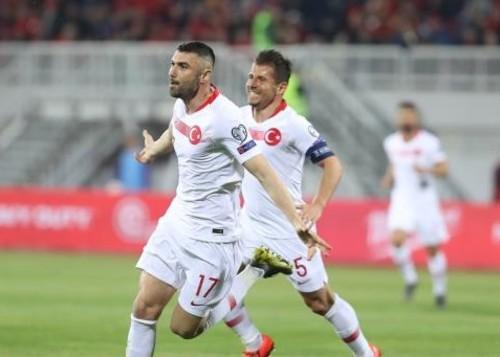 Група Н. Перемоги Франції і Туреччини