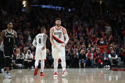 Юсуф Нуркич сломал ногу в матче НБА