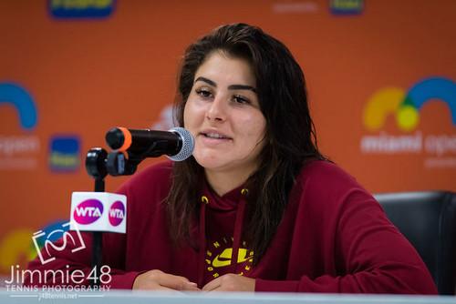 Андреєску знялася з турніру в Чарльстоні