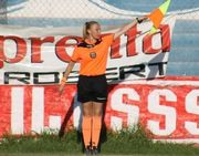 В Аргентине женщину-арбитра облили кипятком прямо во время матча