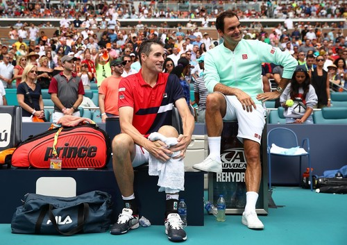 Рейтинг ATP. Прогрес Федерера, особистий рекорд Ціціпаса