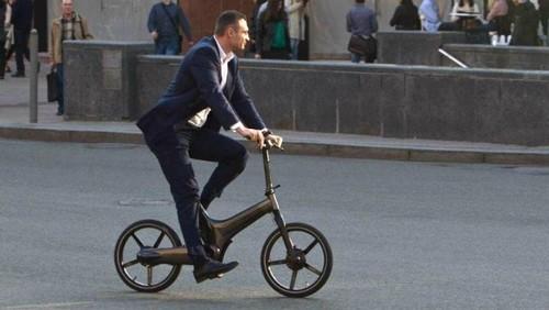 ВИДЕО. Виталий Кличко проедет на велосипеде 5 тысяч километров