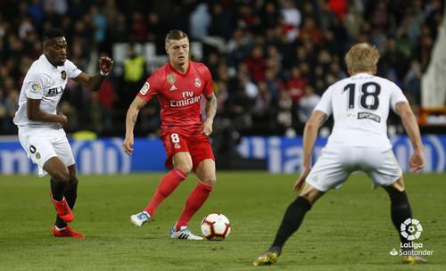 Смотреть футбол первая лига испании валенсия- реал мадрид