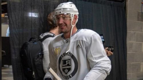 НХЛ. Вегас подписал новичка, Ковальчук начал тренировки с Королями