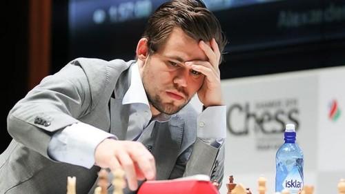 Магнус Карлсен досрочно выиграл Мемориал Гашимова