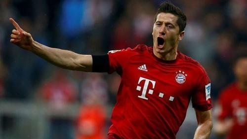 Бавария вскоре продлит контракт с Левандовски