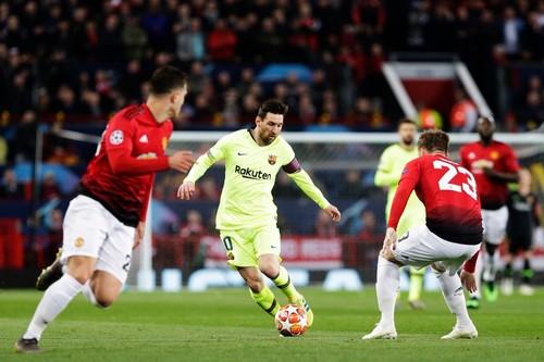 Барселона в гостях минимально обыграла Манчестер Юнайтед