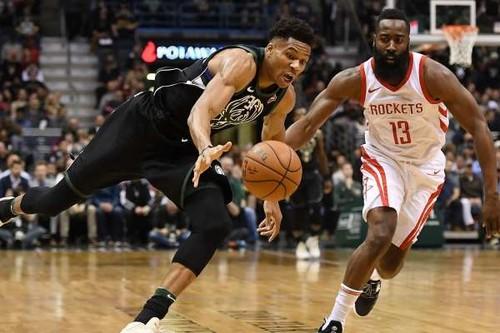 Яннис Адетокунбо и Джеймс Харден – игроки месяца в НБА