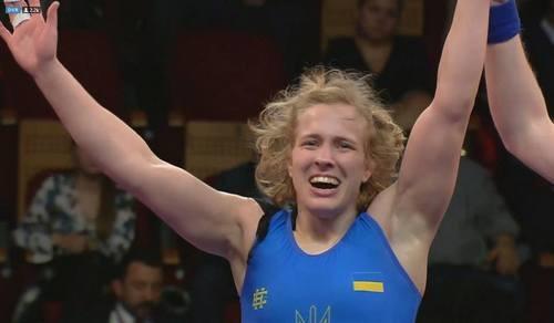 ФОТО ДНЯ. Три украинки стали чемпионками Европы по борьбе