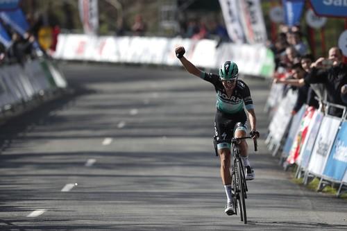 Немецкий гонщик Бухман выиграл 5-й этап Тура Страны Басков