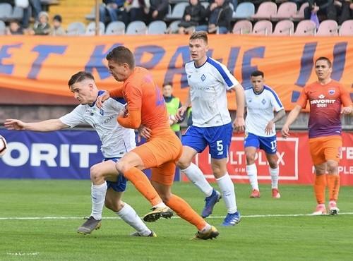 Динамо одержало непростую победу в Мариуполе