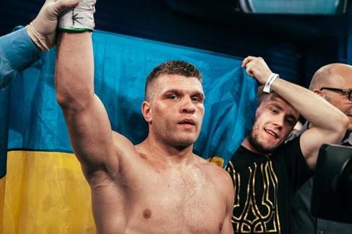 Деревянченко победил Кулкая, став претендентом на звание чемпиона мира