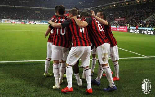 ВИДЕО. Игроки Милана и Лацио устроили грандиозную потасовку