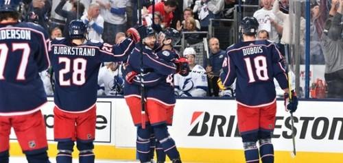 НХЛ. Коламбус сенсационно выбивает Тампу, вылет Питтсбурга