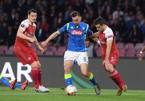 Арсенал обыграл Наполи и во втором матче 1/4 финала Лиги Европы