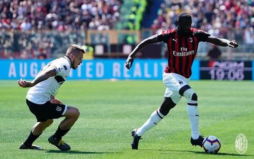 Серия А. Милан потерял очки в матче с Пармой