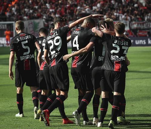 Байер — Нюрнберг — 2:0. Видео голов и обзор матча
