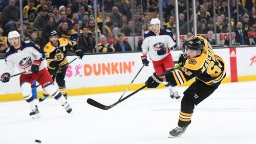 НХЛ. Бостон в овертайме остановил Коламбус, победа Сент-Луиса