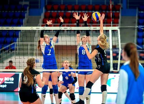 Волейболистки сборной Украины U-16 проиграли Франции