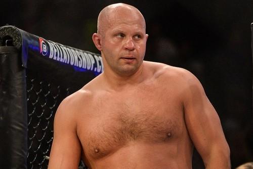 Президент Bellator хочет организовать бой Емельяненко и Барнетта