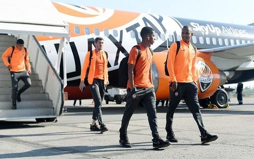 Шахтар прибув до Маріуполя без шести гравців