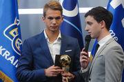 Два футболиста Динамо забронировали весь пьедестал