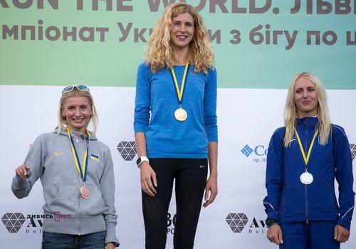 Коваль і Михайлова – чемпіони України з бігу на 10 км
