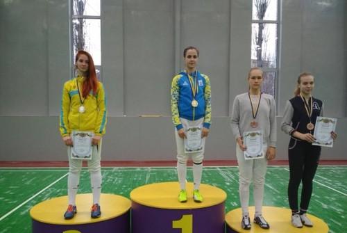 Украинская саблистка Бондарь победила на турнире в Конине