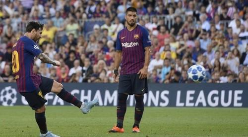 Хет-трик Месси помог Барселоне начать Лигу чемпионов с победы