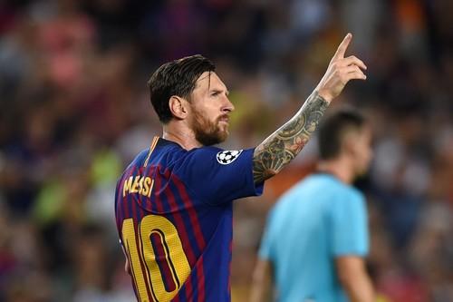 Месси оформил восьмой хет-трик в Лиге чемпионов и обогнал Роналду