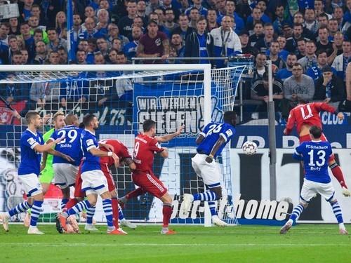 Бавария шальке 04 2- 0 видеообзор