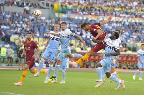 Рома выиграла римское дерби у Лацио