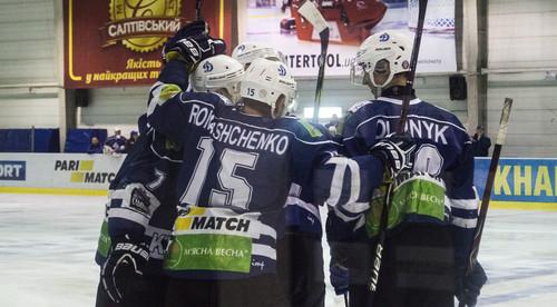МХК Динамо обыграло Белый Барс, добыв первую победу в сезоне
