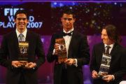 Кака не включил Месси и Роналду в список претендентов на Золотой мяч
